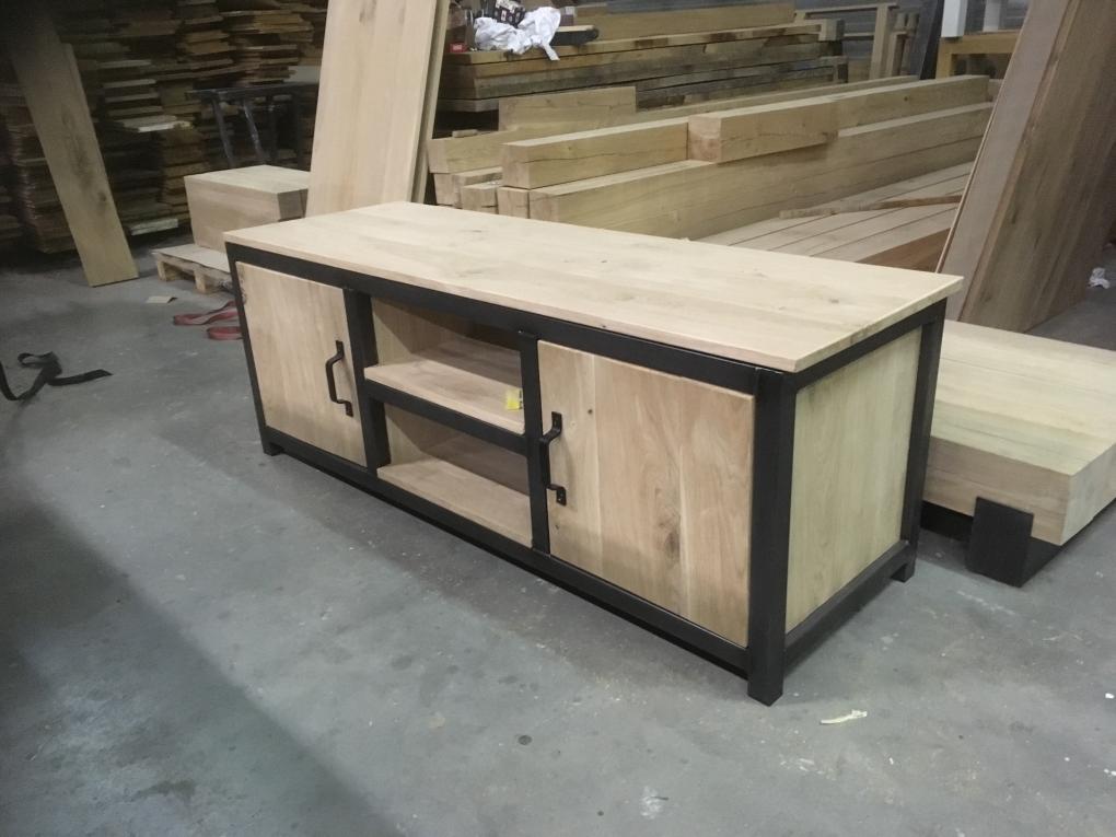 Tv meubel 5 portfolio kaldenbach meubels for Webshop meubels