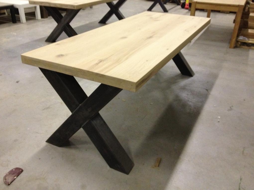 Tafel Stalen Poten : Stalen kruispoten x poten tafelpoten en onderstellen kaldenbach